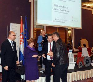 Ministrica Nada Murganić - Vlado Arežina
