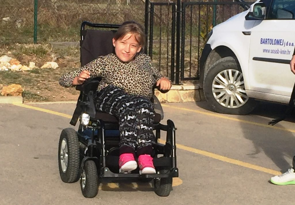 Elektromotorna kolica - Marijana i Nika Raić